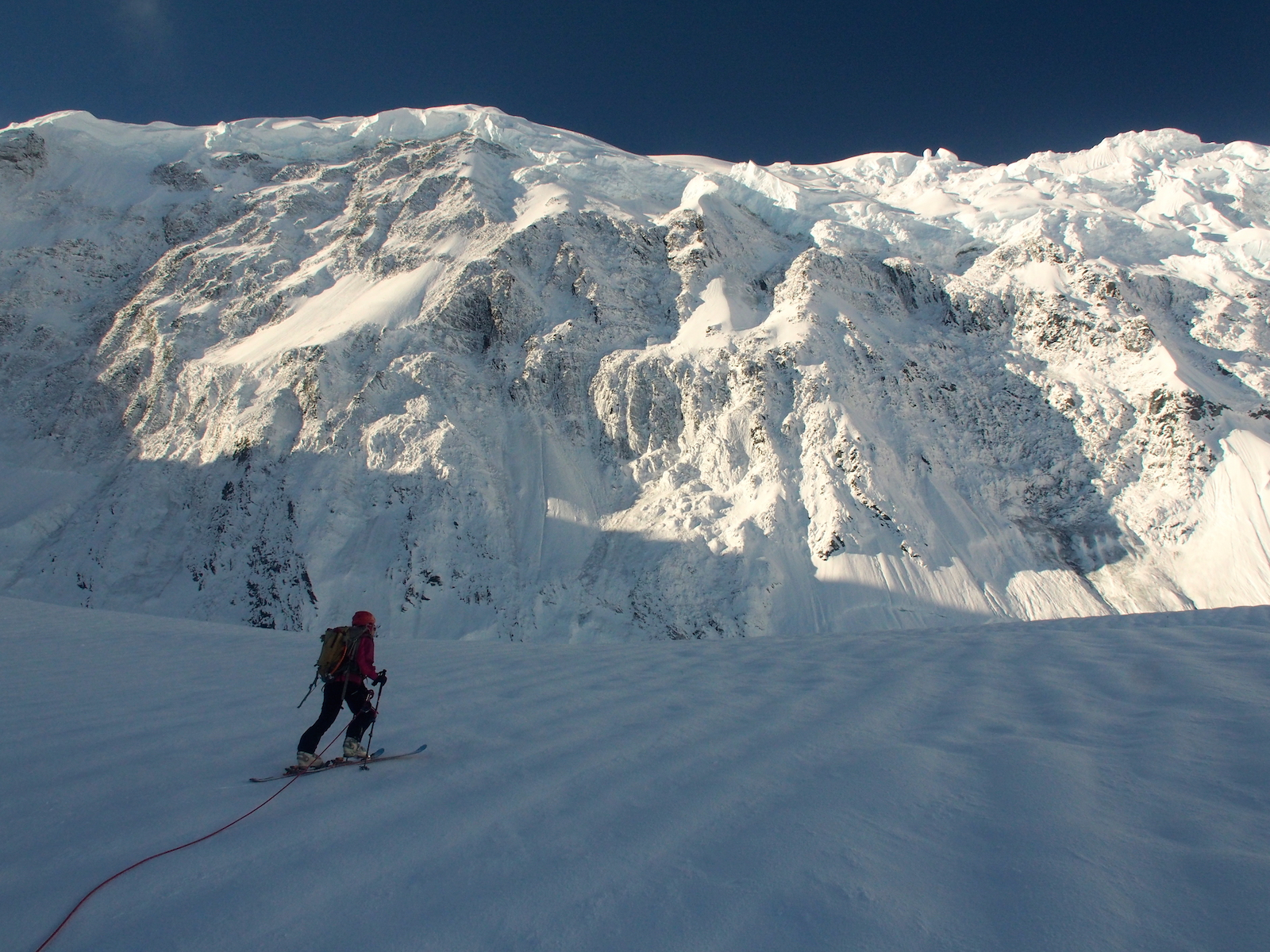 The dangerous approach below the north face of Mount Malaspina. [Photos] Natalia Martinez, Camilo Rada